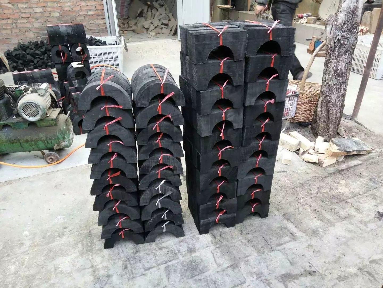 直销沥青漆防腐垫木 水管木托生产厂家