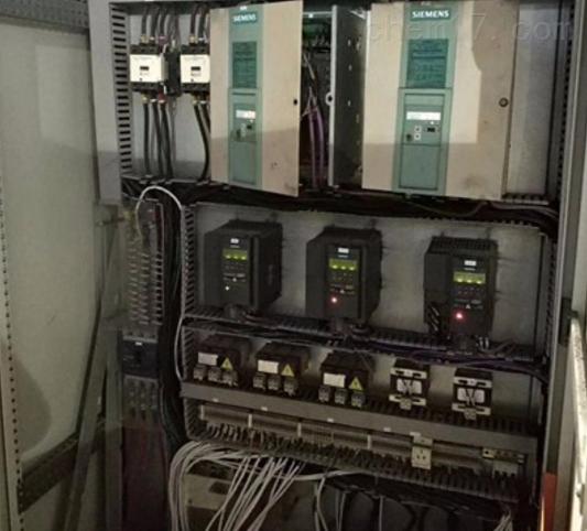 西门子6RA7018显示F005-励磁故障修理