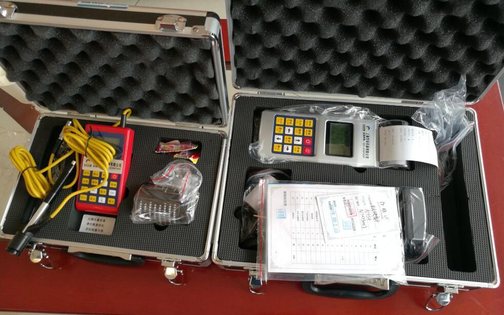 硬度测试仪