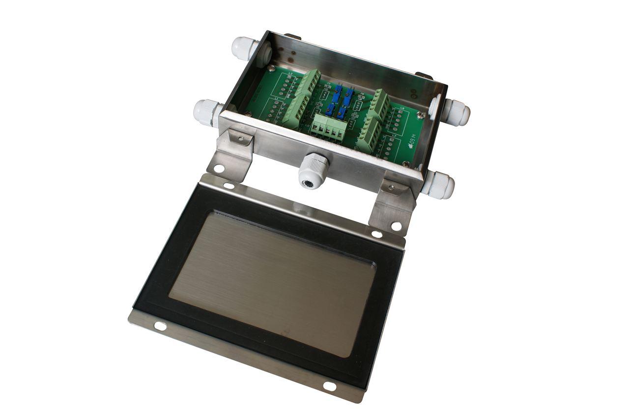 7接线盒盖密封固定牢靠,以轻拉盒盖感觉稳固为佳. 8.